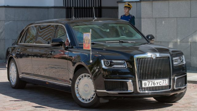 russia-putin-limousine-1 (4)