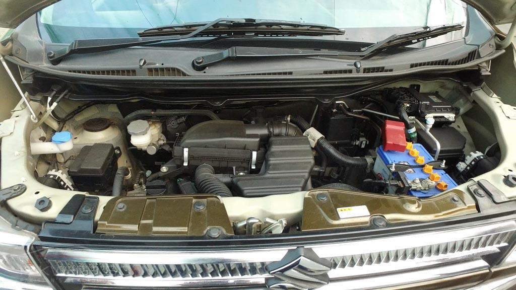 2017 Suzuki Wagon R FZ Hybrid PakWheels (28)