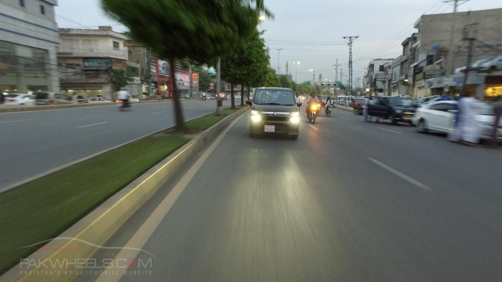 2017 Suzuki Wagon R FZ Hybrid PakWheels (73)