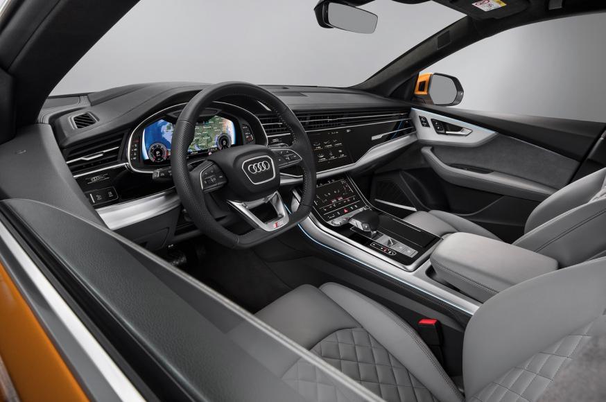 2019-Audi-Q8-front-interior
