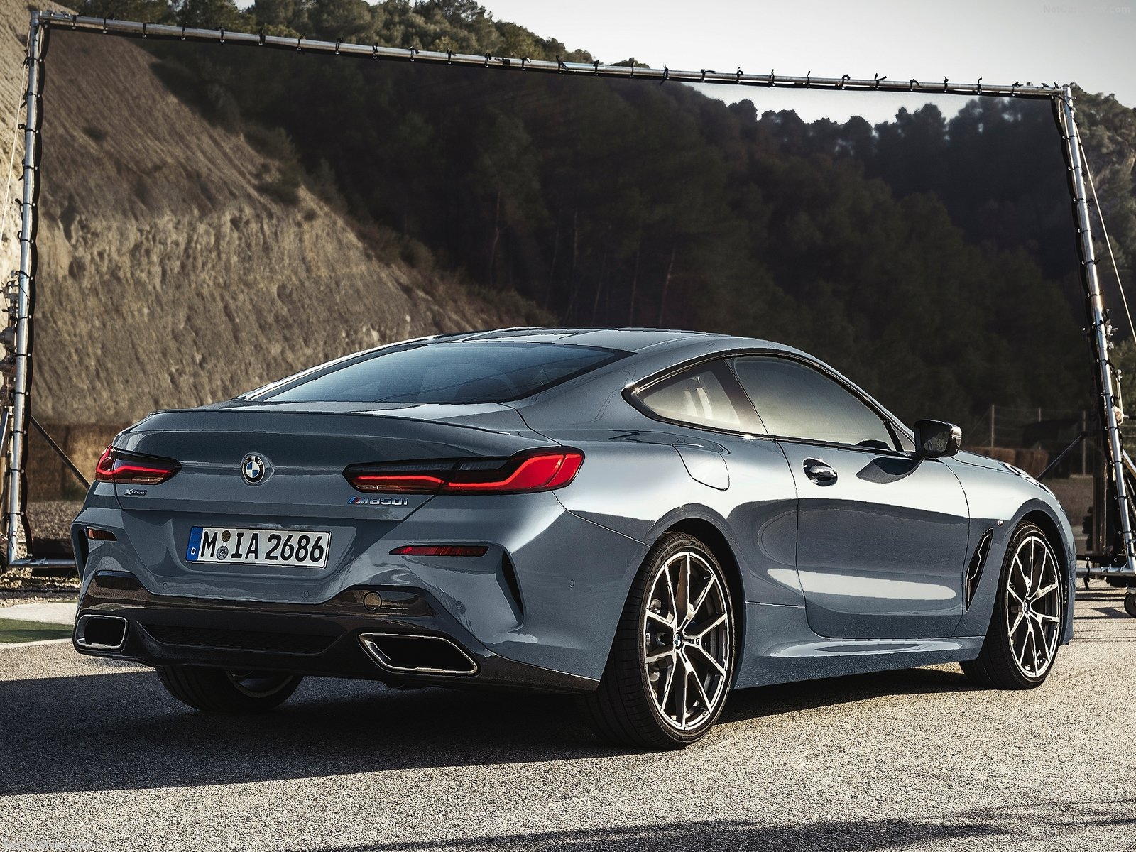 bmw 8 series unveiled at lemans news articles motorists. Black Bedroom Furniture Sets. Home Design Ideas