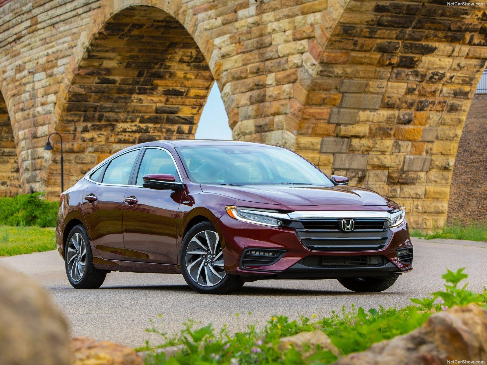 Honda-Insight-2019-1600-06