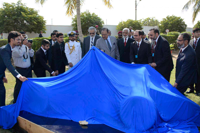 Unveiling-of-first-car-by-President-of-Pakistan-Mr