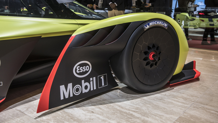 Aston Martin Valkyrie Cost New Upcoming Cars 2019 2020