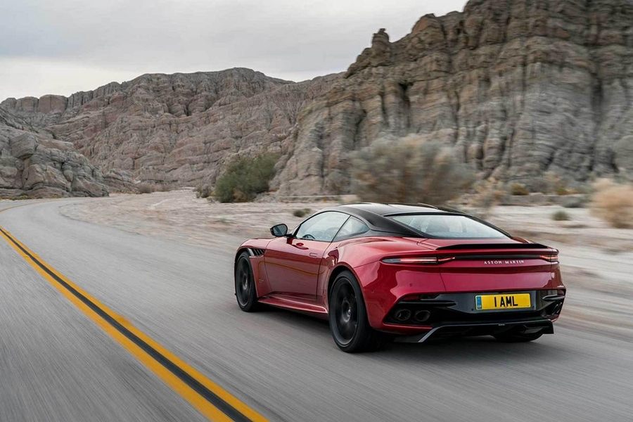 big_aston_martin_dbs_superleggera_2