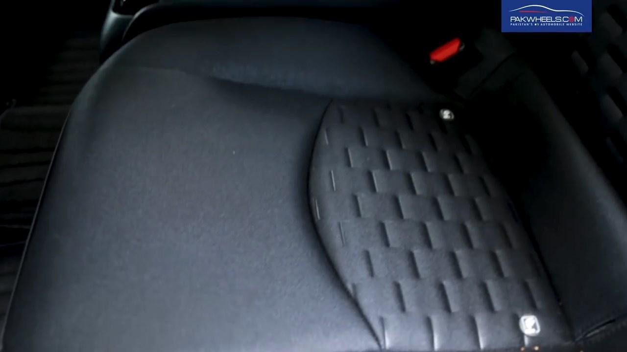 2017 Toyota Prius Prime PHV Hybrid PakWheels Review (40)