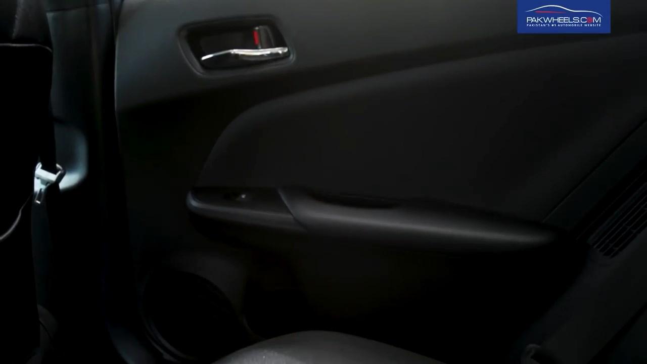 2017 Toyota Prius Prime PHV Hybrid PakWheels Review (41)