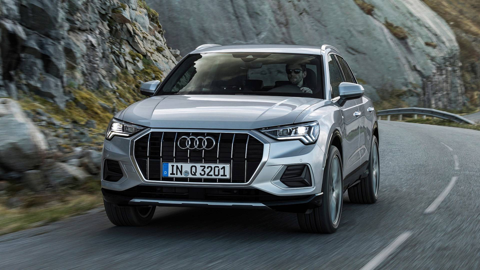 Audi Q3 2019 Gets Sportier With More Tech News Articles Motorists