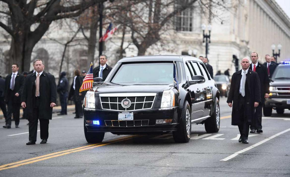 president trump state car the beast (11)