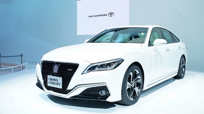 Toyota Crown 2018