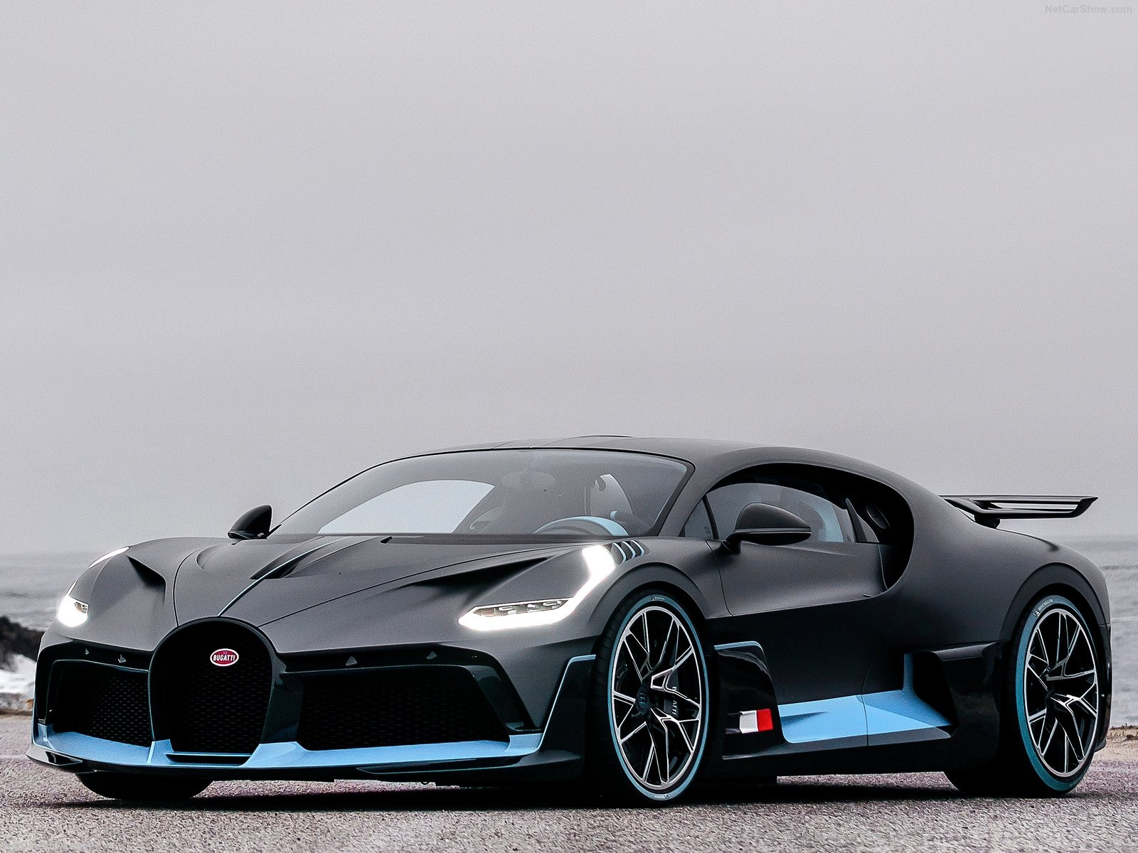 Bugatti Divo 2019 A 5 Million Track Focused Hypercar