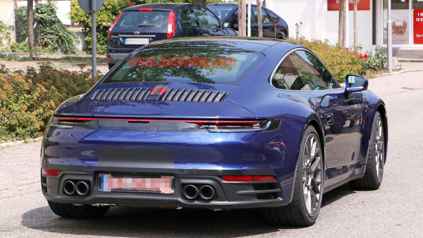 Porsche 911 2020 spied without camouflage 1