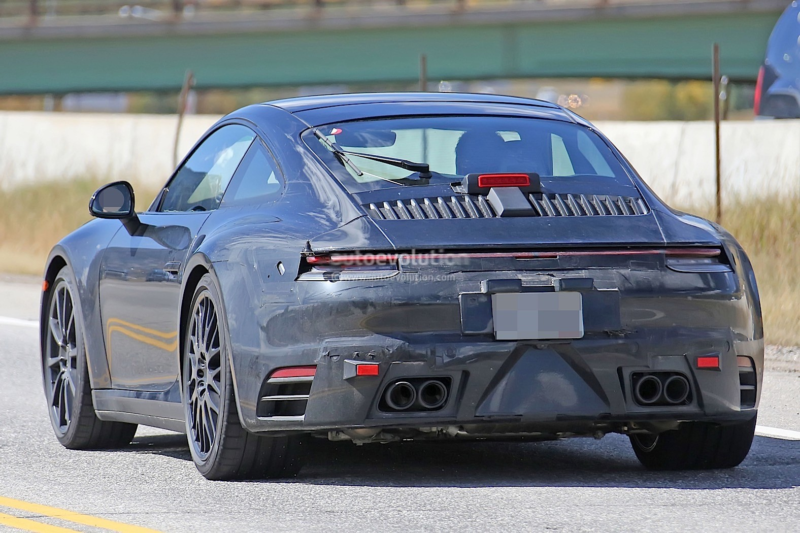 Porsche 911 2020 spied without camouflage 5