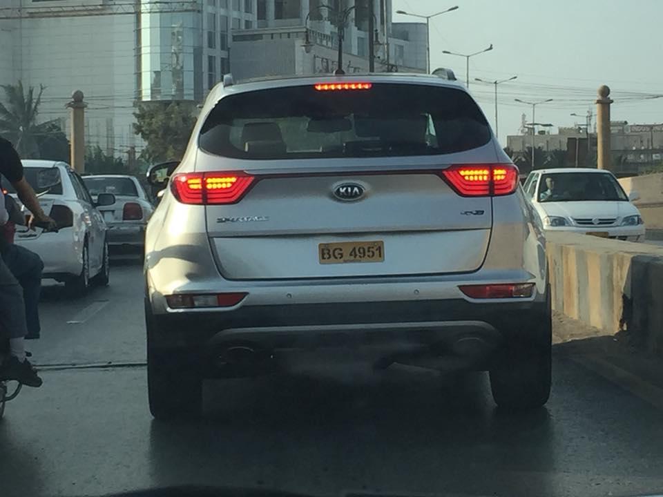kia-sportage-3-spotted-karachi