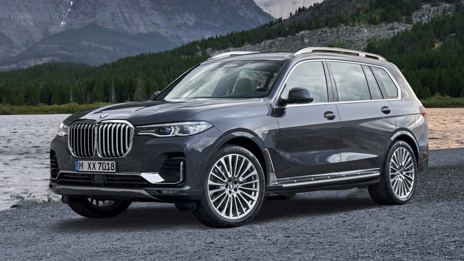 Say Hello To 2019 Bmw X7 Bmw S Biggest Suv With A Giant