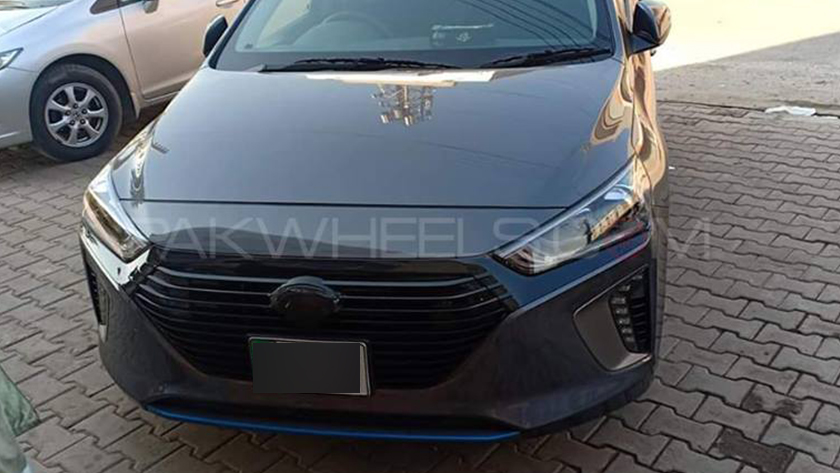 Hyundai Ioniq spotted once again - check out new photos here! - News