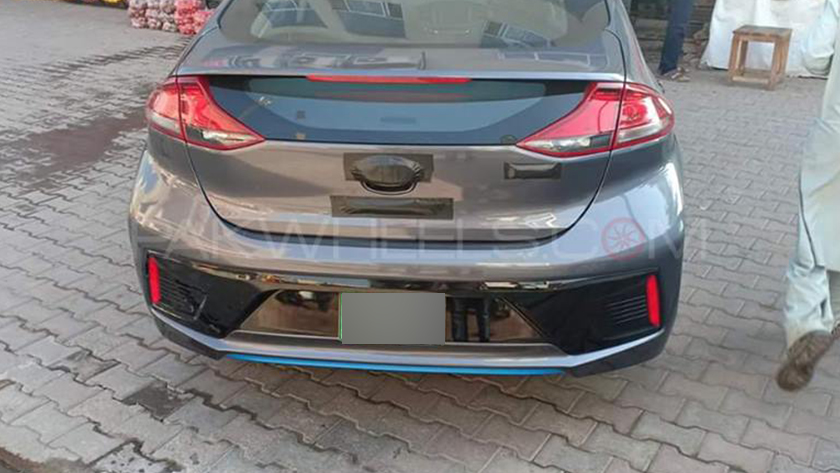Hyundai Ioniq spotted once again - check out new photos here