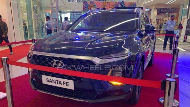 Hyundai-Nishat Motors launches Santa Fe - Check out the