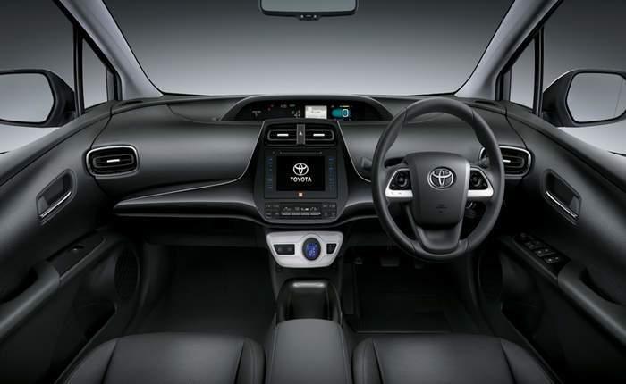 Hyundai Ioniq Electric >> Hyundai Ioniq vs. Toyota Prius - A detailed comparison ...