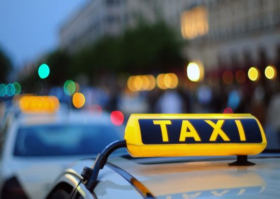 Police arrests gang involved in looting people using online taxi services - PakWheels Blog