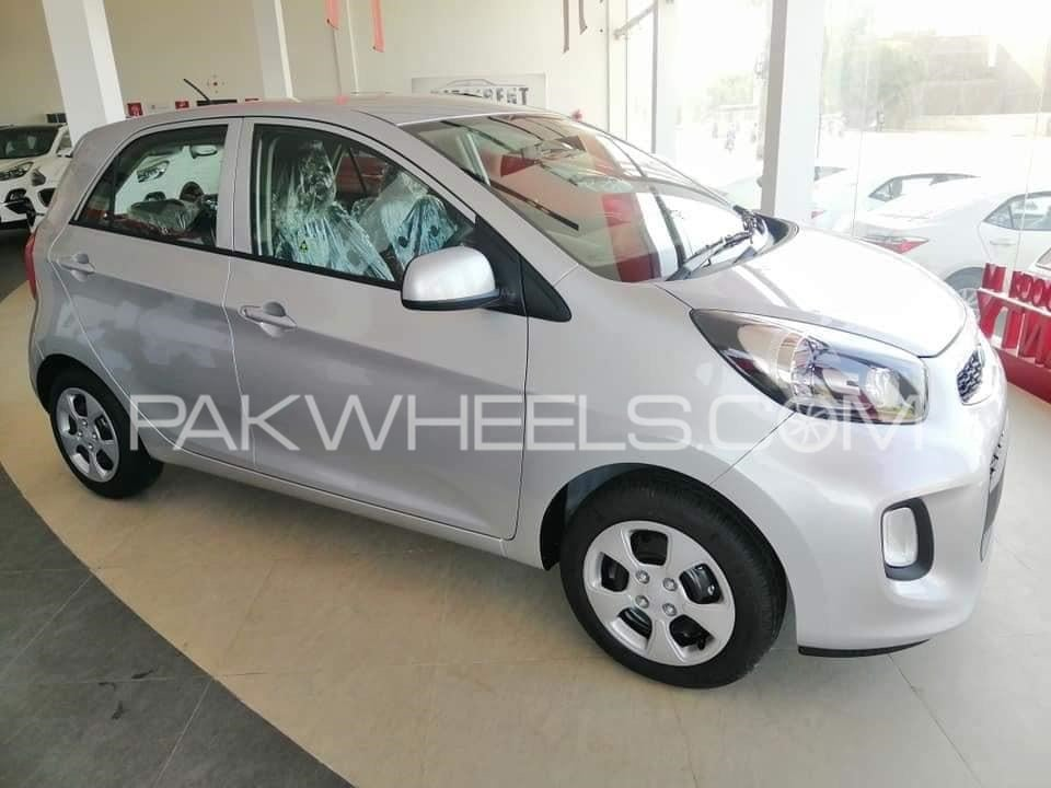 Kia Starts Bookings For Picanto Check Out The Specs Features Pakwheels Blog