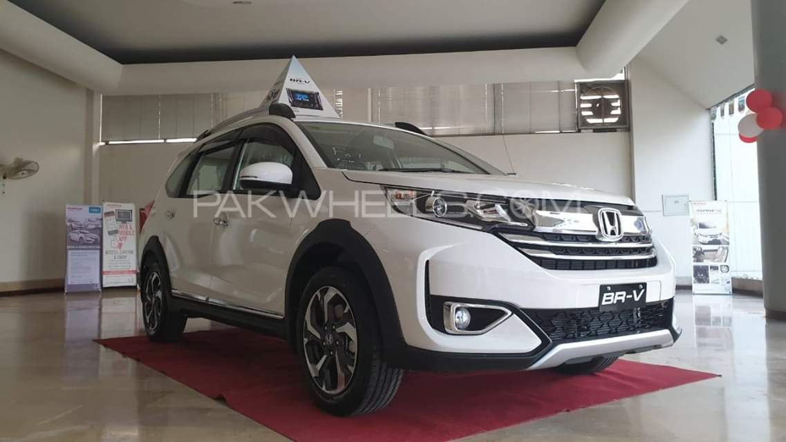 Honda Br V Facelift 2019 Launched In Pakistan Pakwheels Blog