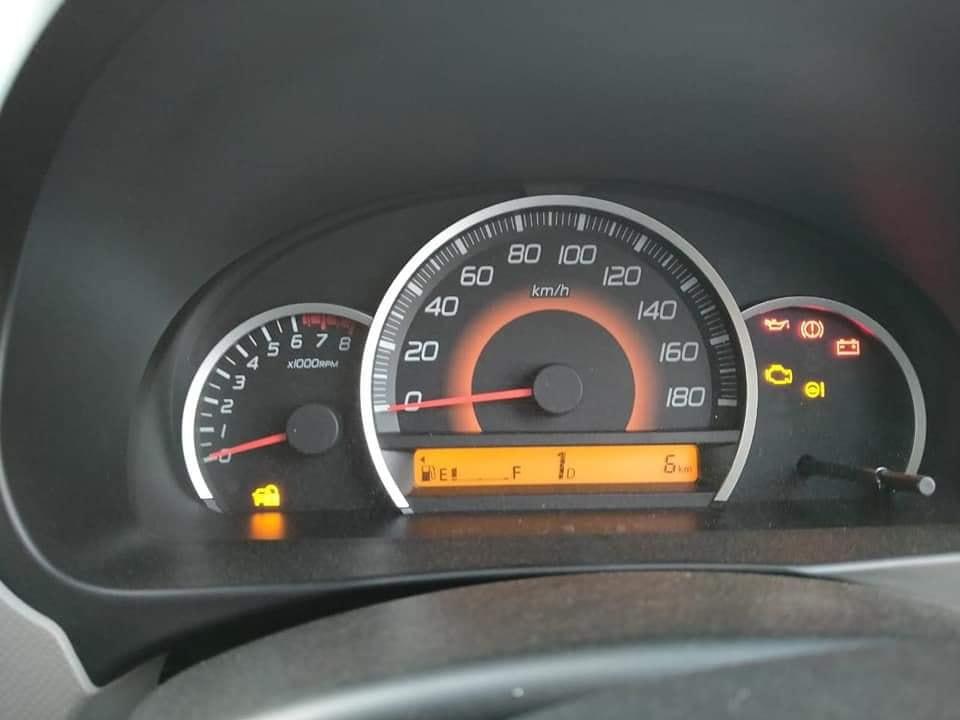 Suzuki Wagon R AGS Interior