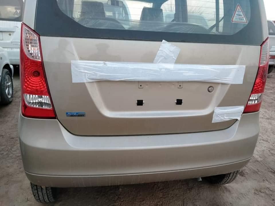 Suzuki Wagon R AGS Back