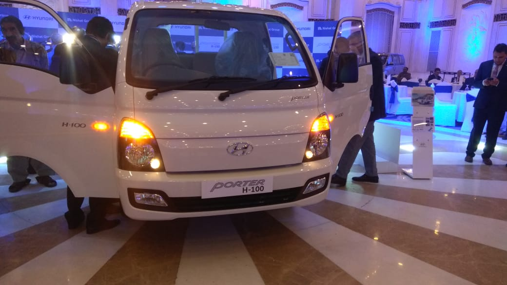 HYUNDAI PORTER H100 Exterior picture (cars launched in Pakistan during 2019)