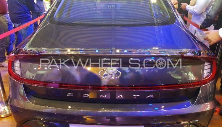 Hyundai Sonata Exterior