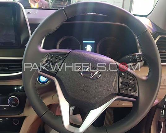 Hyundai Tucson Interior Steering Wheel