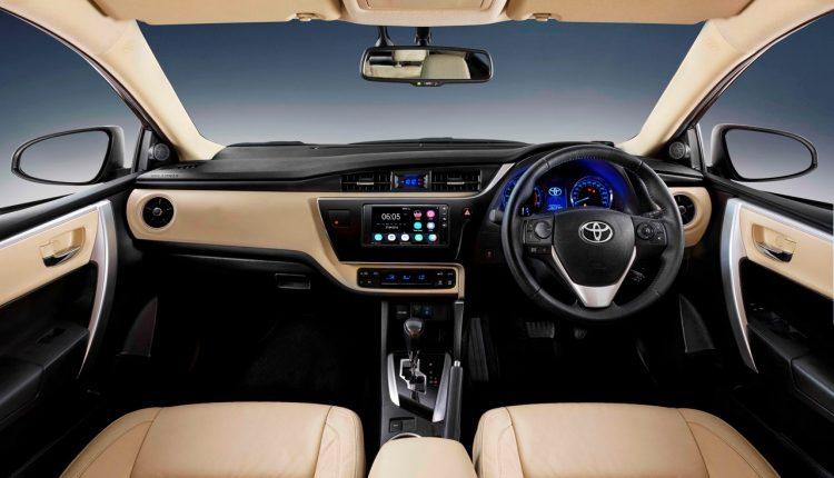 Toyota-Corolla-2017-facelift-dashboard