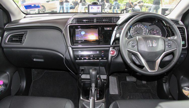 Honda-City-2017-drive-Malacca-27