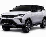 Toyota Fortuner Facelift version Exterior