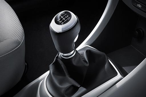 accent-5dr-perform-speed-manual-transmission-original-m
