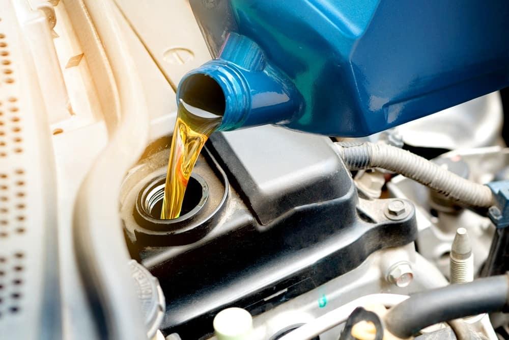 Oil Change: When Should You Do It? - PakWheels Blog