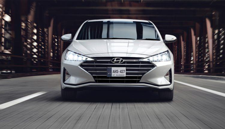 Hyundai Elantra GLS Pakistan Picture